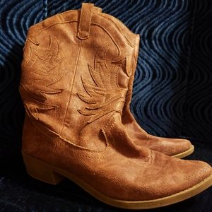 Vintage Rampage  boots